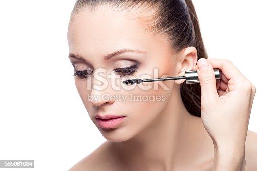 istock mascara. eye makeup 585061084