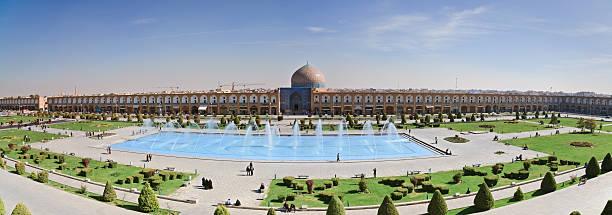 Masjid-I Sheikh Lotfallah in Naghsh-i Jahan Square, Iran stock photo