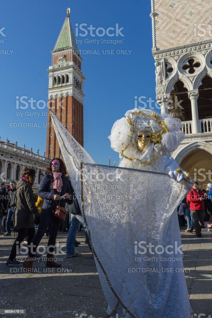 Een masker voor San Marco toren Bell, Venetië, Italië - Royalty-free Carnaval - Feestelijk evenement Stockfoto