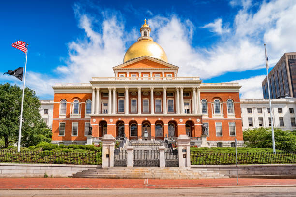 Massachusetts State House in Boston USA Stock photograph of the landmark Massachusetts State House, the state capitol of Massachusetts, USA, located in downtown Boston. state capitol building stock pictures, royalty-free photos & images