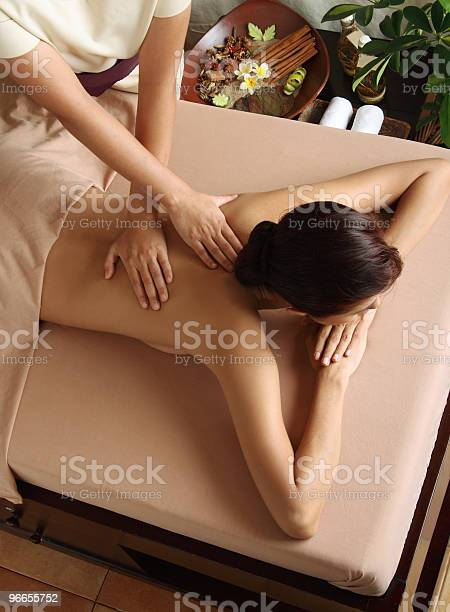 Massagetherapie Stockfoto und mehr Bilder von Alternative Medizin