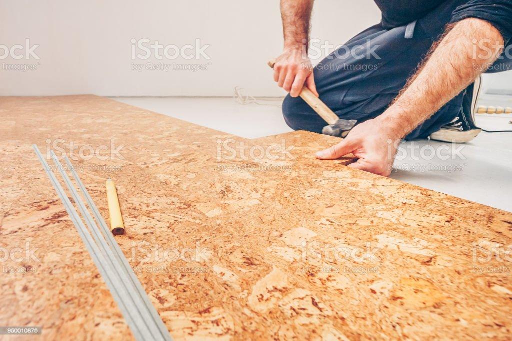 Meisterklasse Fur Die Verlegung Von Korkboden Installation Von Einem
