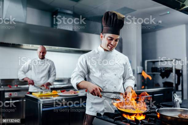 Mastering new culinary heights picture id951132442?b=1&k=6&m=951132442&s=612x612&h=mhp4l1mkq f1apbyzm9lllgxqko5tddu i1be63dy9q=