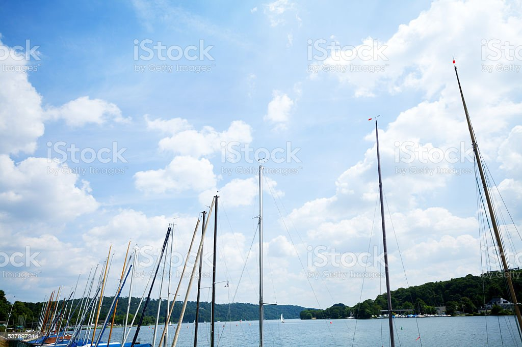 Masten, himmel und See-Baldeneysee – Foto