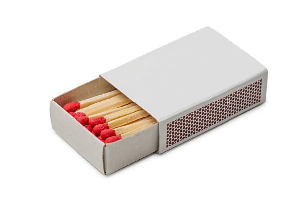 Streichholzschachtel mit roten Spiele – Foto