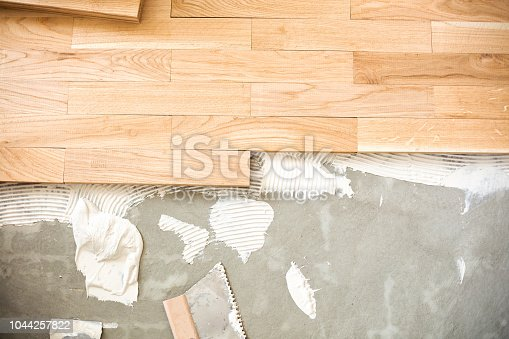 922081754istockphoto Matching and blending parquet elements 1044257822