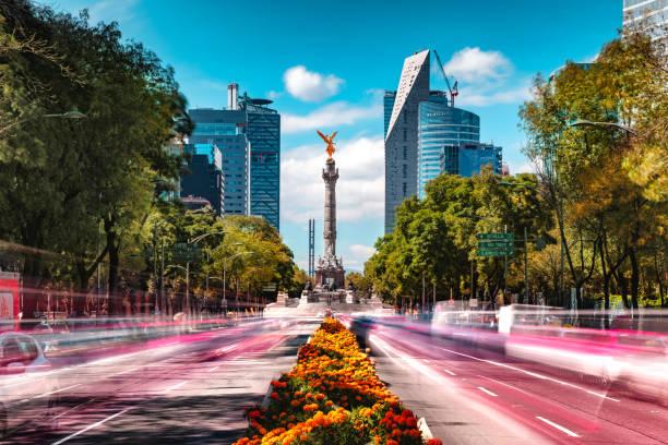 coincidencia de día y de noche skyline de la ciudad de méxico - méxico fotografías e imágenes de stock