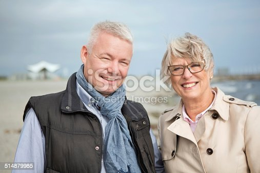 452783143 istock photo Mature couple by the sea. 514879985