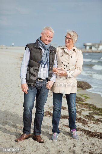 452783143 istock photo Mature couple by the sea. 514879997