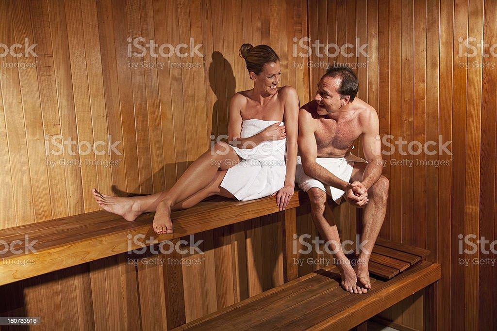 Фото доярки сектор пожилых в бане реальное домохозяйкой