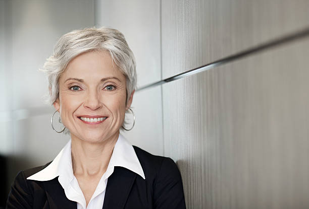 Ältere executive business-Frau lächelnd – Foto