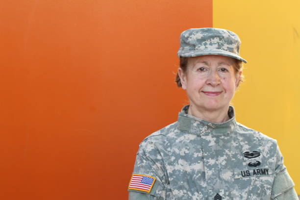 Mature female U.S. army veteran Mature female U.S. army veteran. major military rank stock pictures, royalty-free photos & images