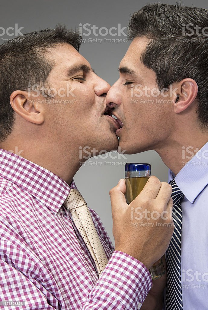 Gay Men Kissing Pic 30