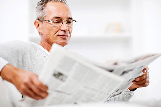 benefits of reading newspaper in hindi