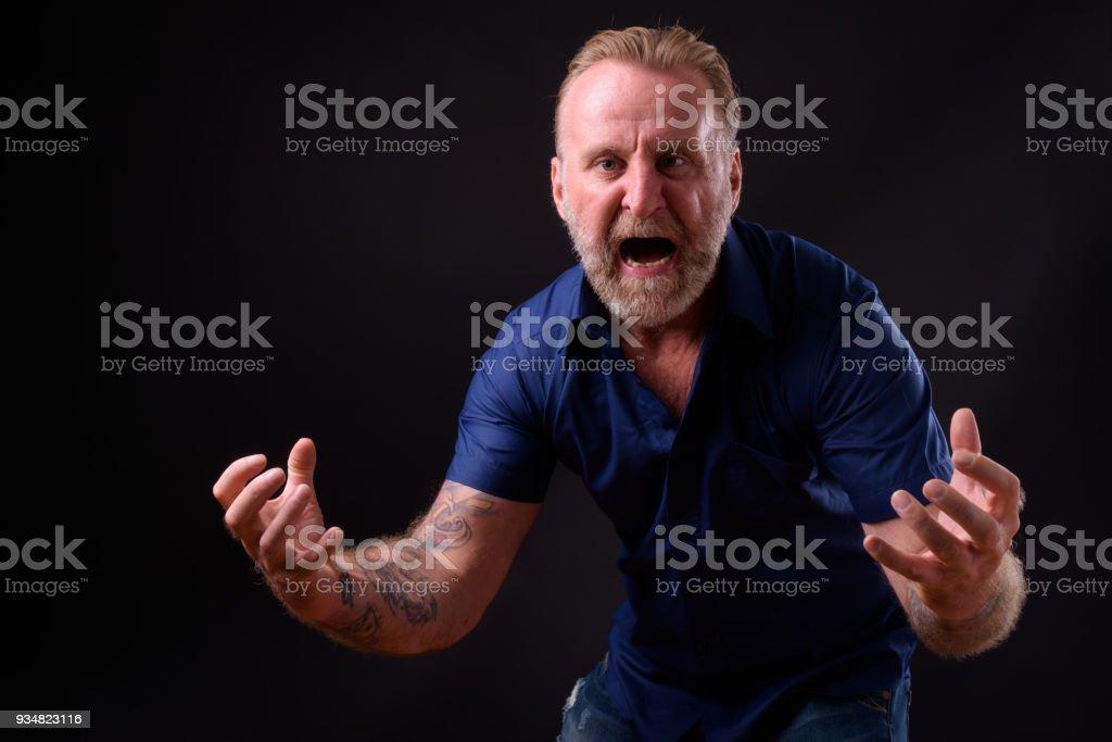 수염과 문신으로 성숙한 남자 - 로열티 프리 40-49세 스톡 사진