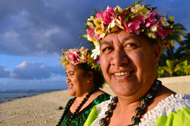 mature polynesian pacific island women - pacific islands stock pictures, royalty-free photos & images