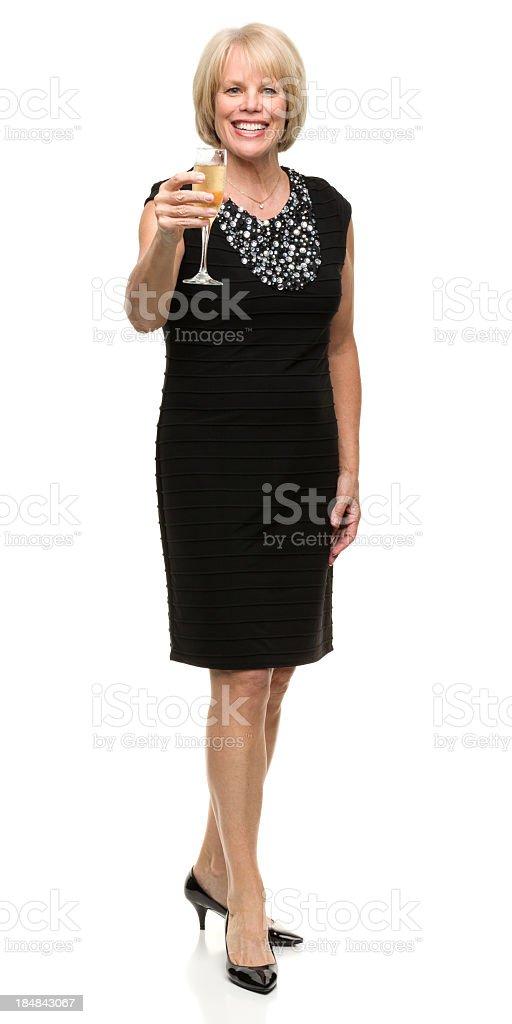 Reife Frau wirft Glas Champagner-Toast – Foto