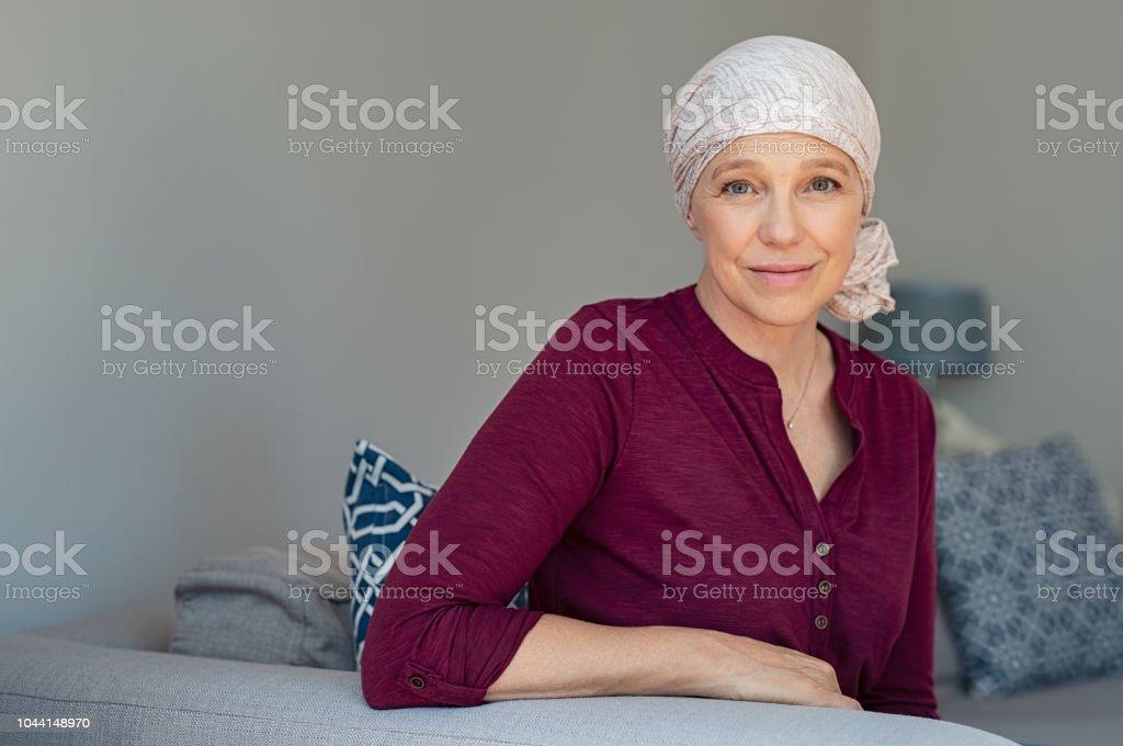 Femme d'âge mûr souffrant d'un cancer - Photo