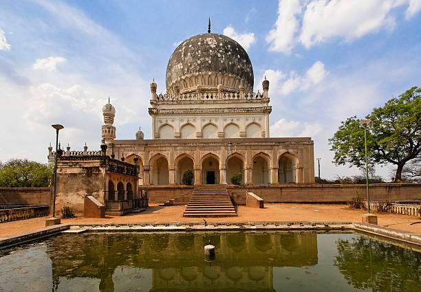 Mausoleum and Reflecting Pool with Mosque  char minar stock pictures, royalty-free photos & images