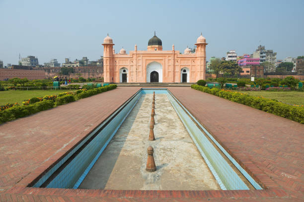 Lalbagh 포트, 다카, 방글라데시에에서 Bibipari의 묘소. 스톡 사진