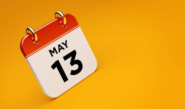 13 mai kalender auf gelbem hintergrund - number 13 stock-fotos und bilder
