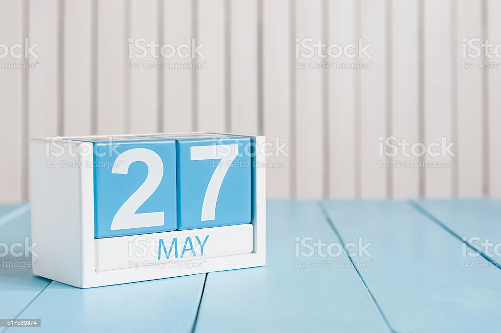 27 de mayo. Imagen del 27 de mayo de madera de Color calendario - foto de stock
