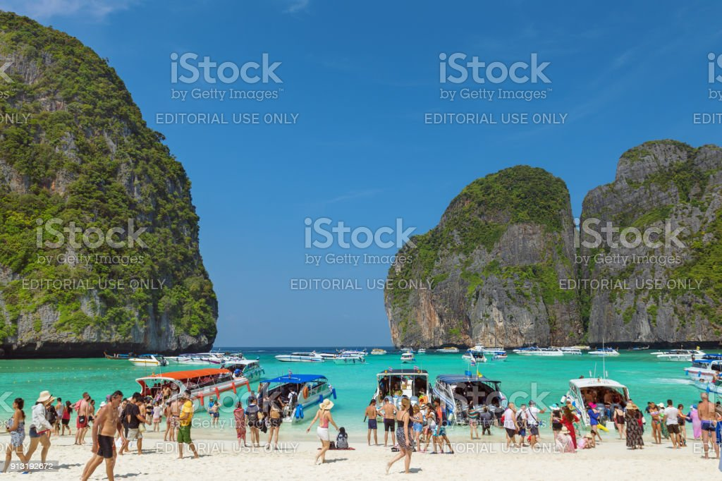 Maya Bay, Ko Phi Phi Le, Krabi, Thailand stock photo
