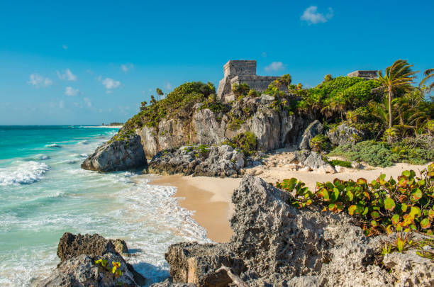 Mayan Ruins of Tulum, Mexico The Mayan archaeological site of Tulum with its famous beach by the Caribbean Sea, Quintana Roo state, Yucatan Peninsula, Mexico mexico stock pictures, royalty-free photos & images