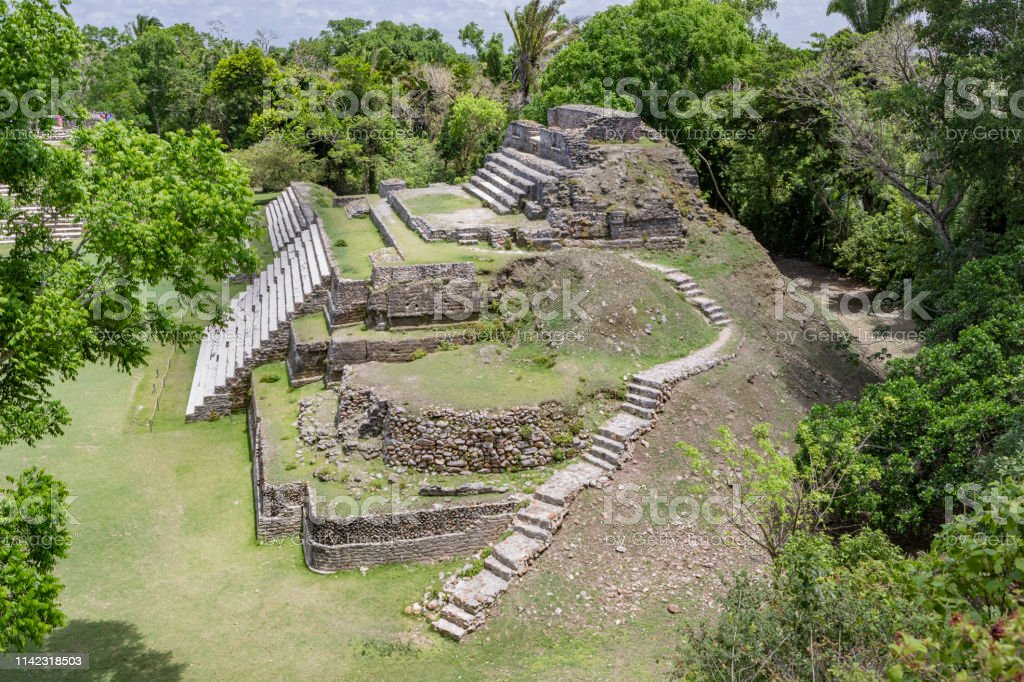 Mayan Temple Of The Green Tomb In Altun Ha Belize Stock Photo Download Image Now Istock