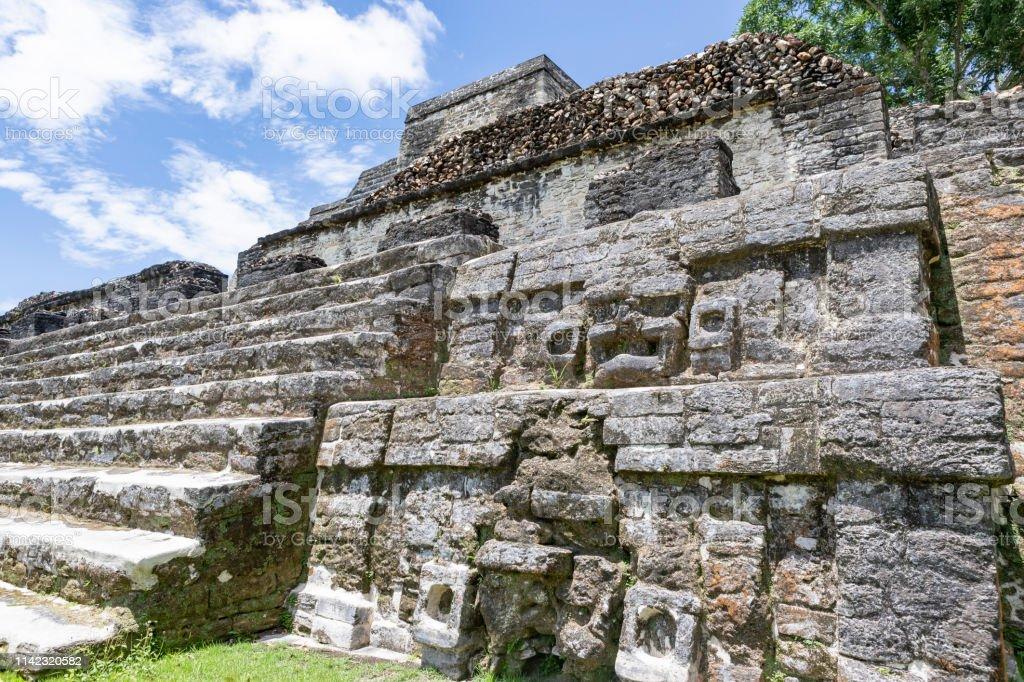 アステカ 祭壇