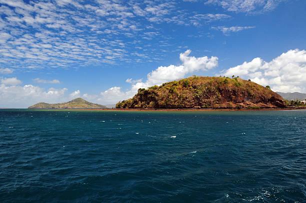 collectivité territoriale de mayotte island: pointe mahabou - comores photos et images de collection