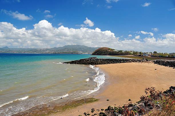 collectivité territoriale de mayotte: mronyombéni beach - comores photos et images de collection