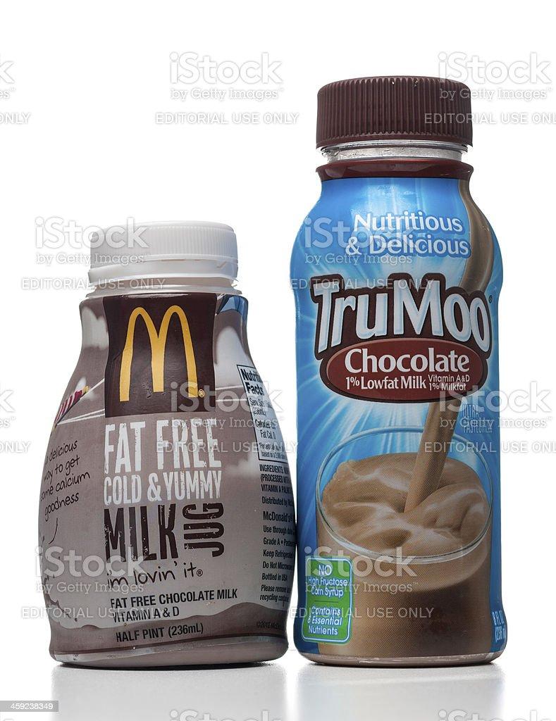 Mcdonalds Und Trumoo Schokolade Fettarmem Milch In Flaschen Stock ...