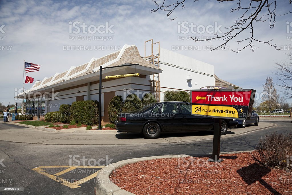 Sign And Drive 45 >> Mcdonalds Drive Thru Restaurant And Sign Stock Photo