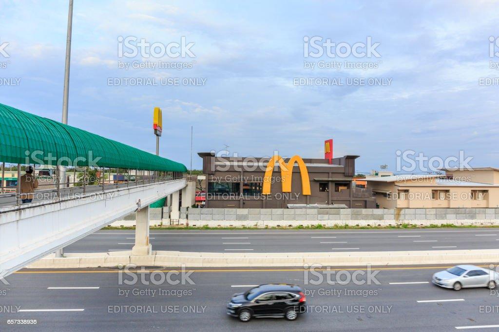 CHACHOENGSAO, THAILAND- MARCH 27, 2017 : McDonalds logo at McDonald's restaurant on  Motorway Rest Area, Bangpakong district, Chachoengsao province, It is the largest restaurant on this road in Thailand. stock photo