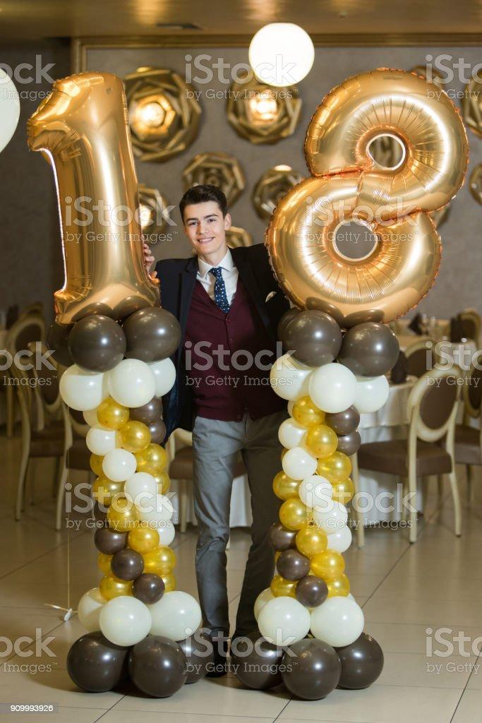 Me no meu aniversário - foto de acervo