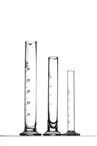 messen zylinder - messzylinder stock-fotos und bilder
