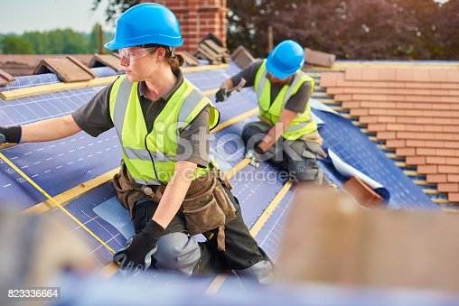istock measuring out the battens 823336664