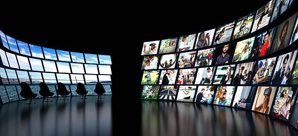 Media wall concept smart TV - foto de stock