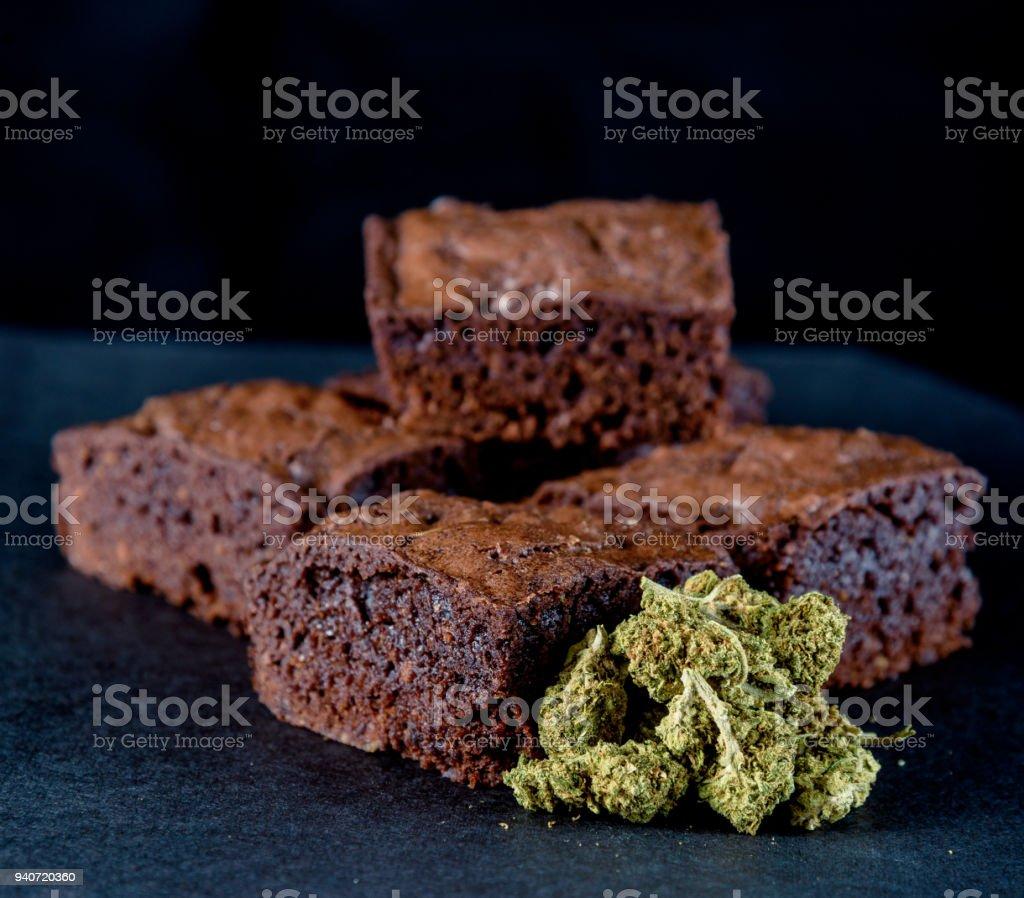 Comestibles de marihuana médica y recreativa - foto de stock