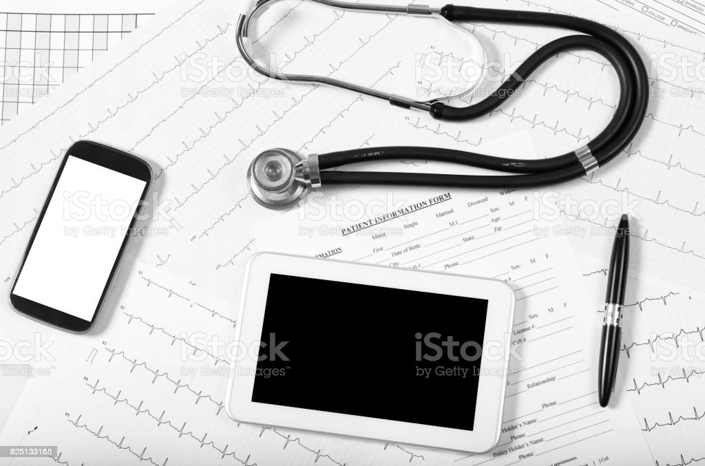 pulse trace, tablet and stethoscope