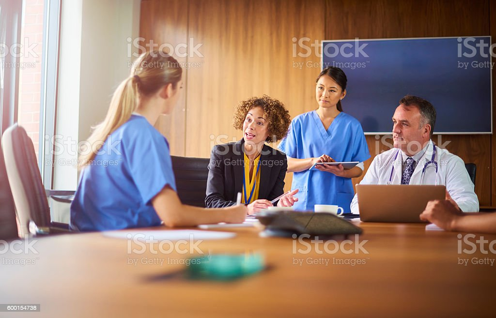 medical intern appraisal - Lizenzfrei Afrikanischer Abstammung Stock-Foto