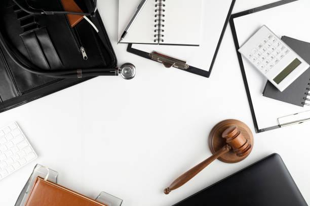 concepto de derecho médico. - indemnización compensación fotografías e imágenes de stock