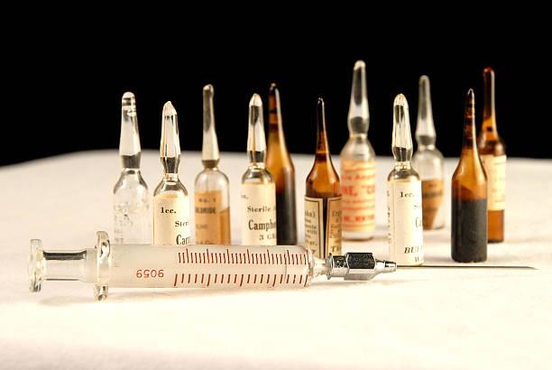 médicaments ampules - éther photos et images de collection