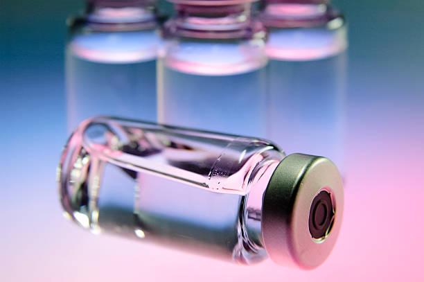 medizin-flasche - insulin stock-fotos und bilder