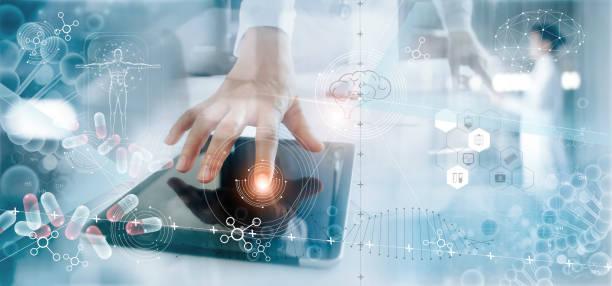 análisis médico de medicina registro médico electrónico en la pantalla de la interfaz. adn. atención digital y conexión a la red en la pantalla virtual moderna holograma, innovador, tecnología médica y concepto de red. - biotecnología fotografías e imágenes de stock