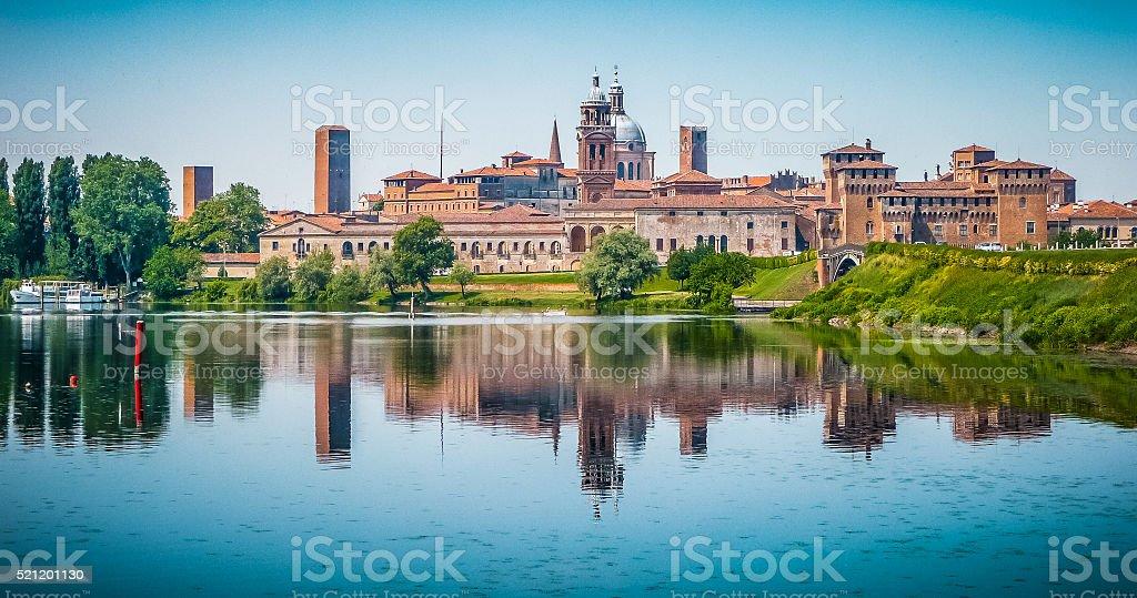 Mittelalterliche Stadt von Mantua in der Lombardei, Italien – Foto