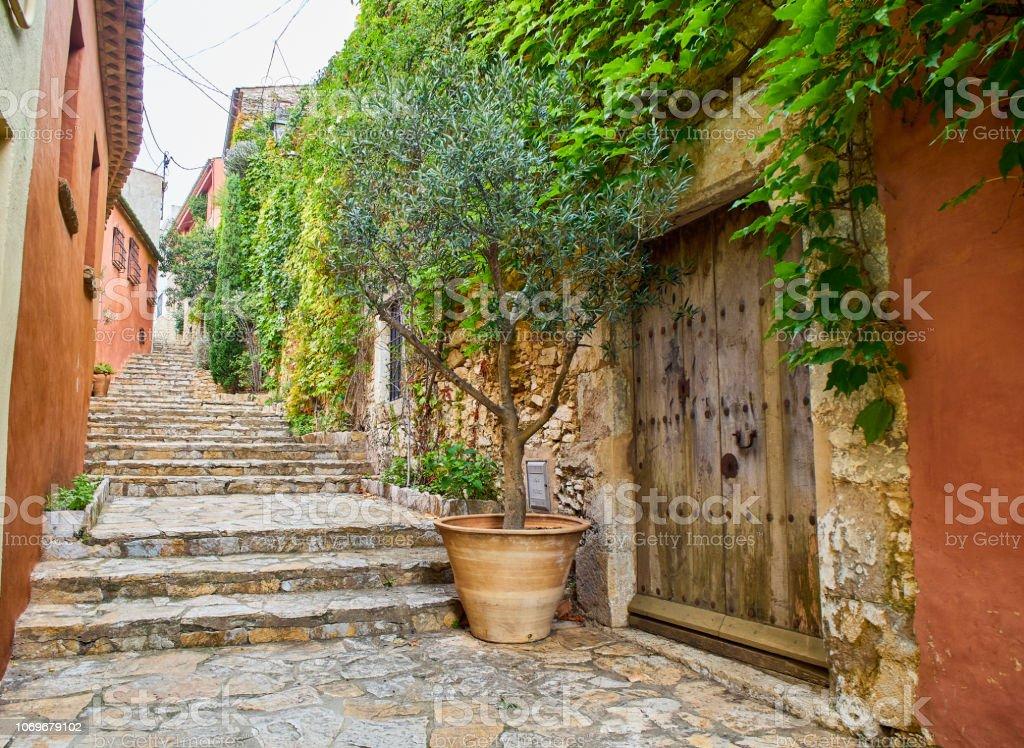 Centro de la ciudad medieval de Begur. Girona, España. - foto de stock