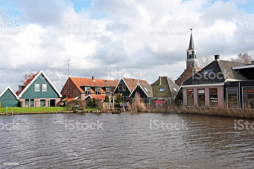 Medieval dutch village in the countryside from the Netherlands foto royalty-free