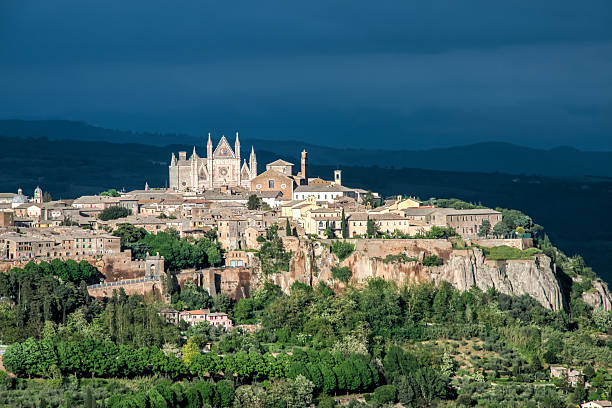 Medieval fortified town of Orvieto, Umbria, Italy, Europe Medieval fortified town of Orvieto, Umbria, Italy, Europe umbria stock pictures, royalty-free photos & images